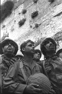 Israeli Paratroopers in Jerusalem June 1967